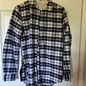 Men's size small on the byas flannel